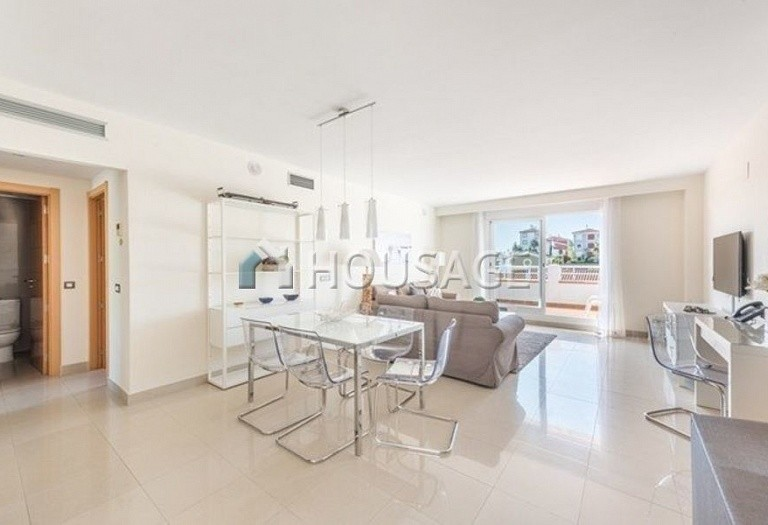 Flat for sale in New Golden Mile, Estepona, Spain, 141 m² - photo 2
