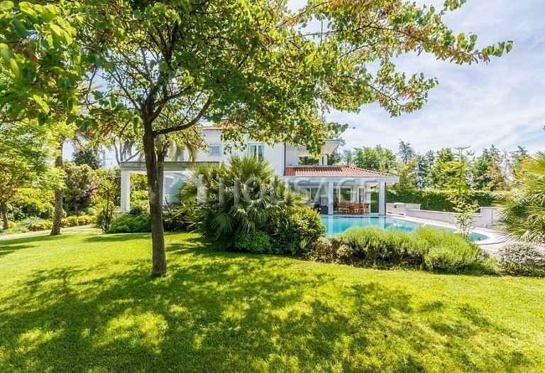6 bed villa for sale in Forte dei Marmi, Italy, 560 m² - photo 11
