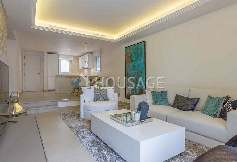 Townhouse for sale in Nueva Andalucia, Marbella, Spain, 134 m² - photo 3