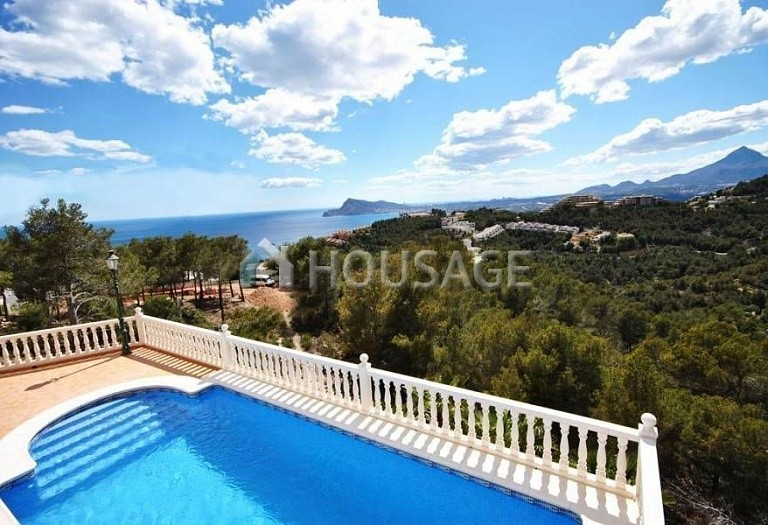 4 bed villa for sale in Altea, Altea, Spain, 292 m² - photo 1