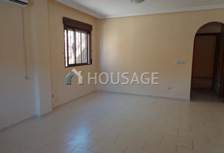 2 bed villa for sale in Torrevieja, Spain - photo 3