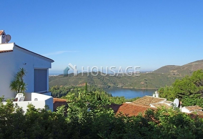 Villa for sale in Istan Road, Istán, Spain, 260 m² - photo 4