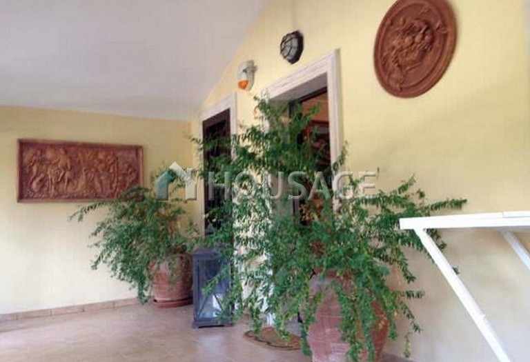 4 bed townhouse for sale in Rome, Italy, 200 m² - photo 4
