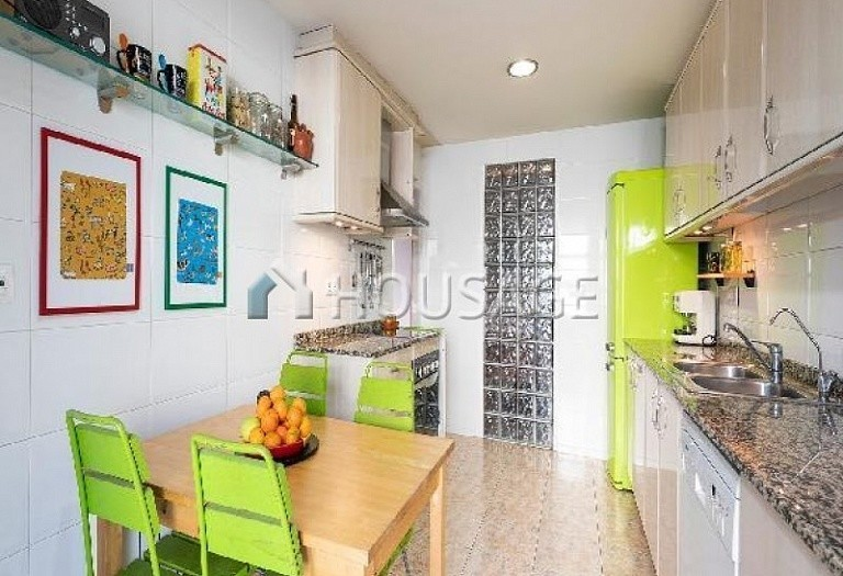 3 bed flat for sale in Sant Joan Despi, Spain, 149 m² - photo 20