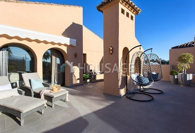 Apartment for sale in Benahavis, Spain, 192 m² - photo 18