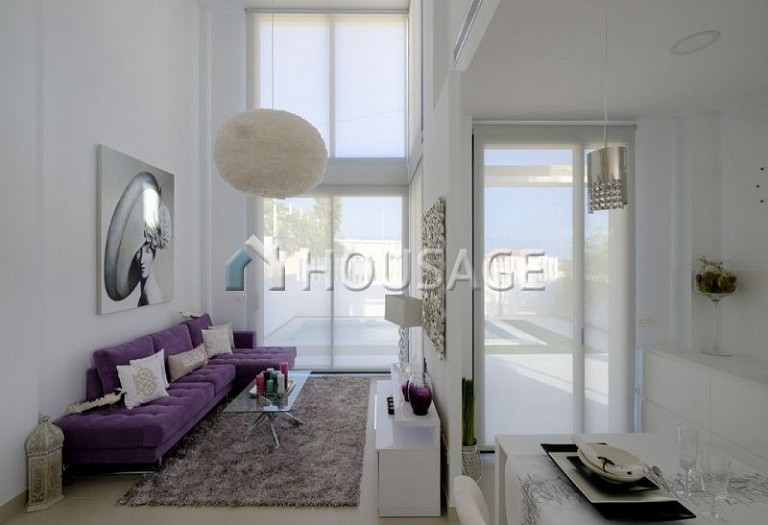 4 bed villa for sale in Torrevieja, Spain, 147 m² - photo 2