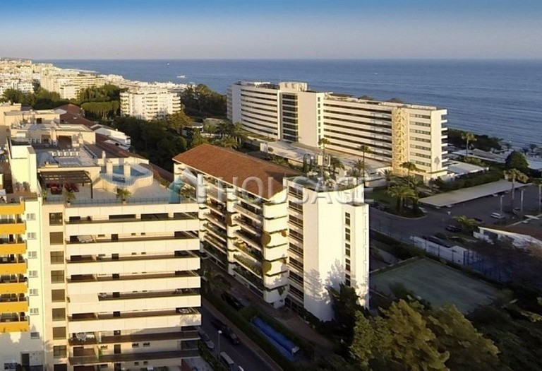 Flat for sale in Marbella, Spain, 661 m² - photo 13