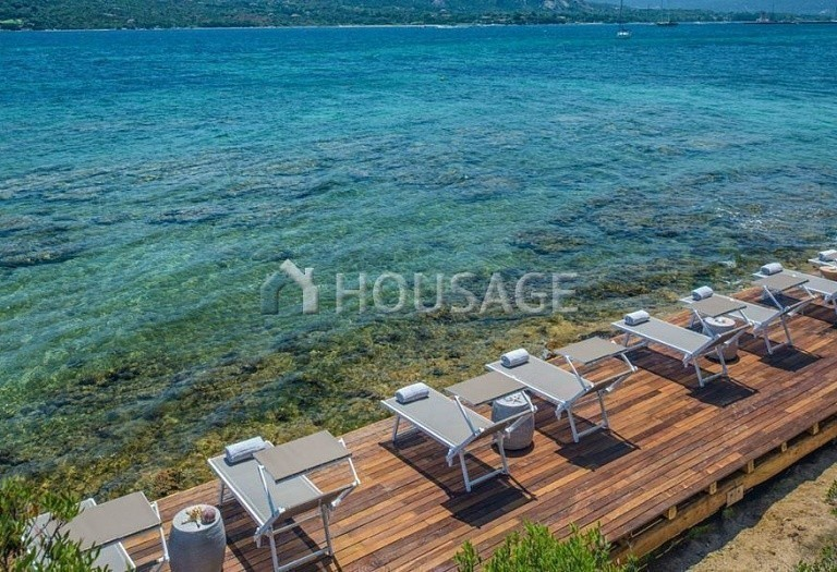 Hotel for sale in Sardinia, Italy, 9500 m² - photo 2