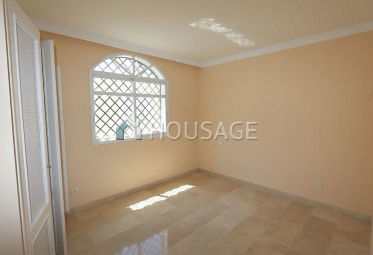 Flat for sale in Nueva Andalucia, Marbella, Spain, 157 m² - photo 20