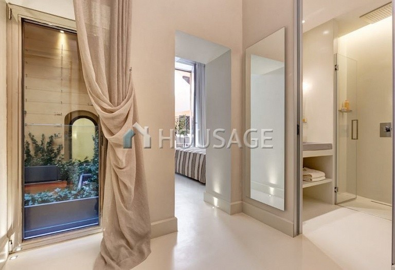 4 bed flat for sale in Rome, Italy, 400 m² - photo 6