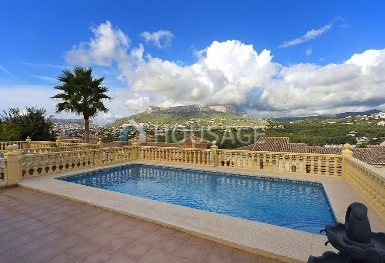 4 bed villa for sale in Calpe, Spain, 205 m² - photo 3