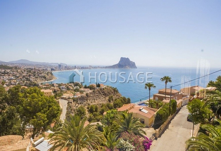 4 bed villa for sale in Calpe, Spain, 246 m² - photo 1