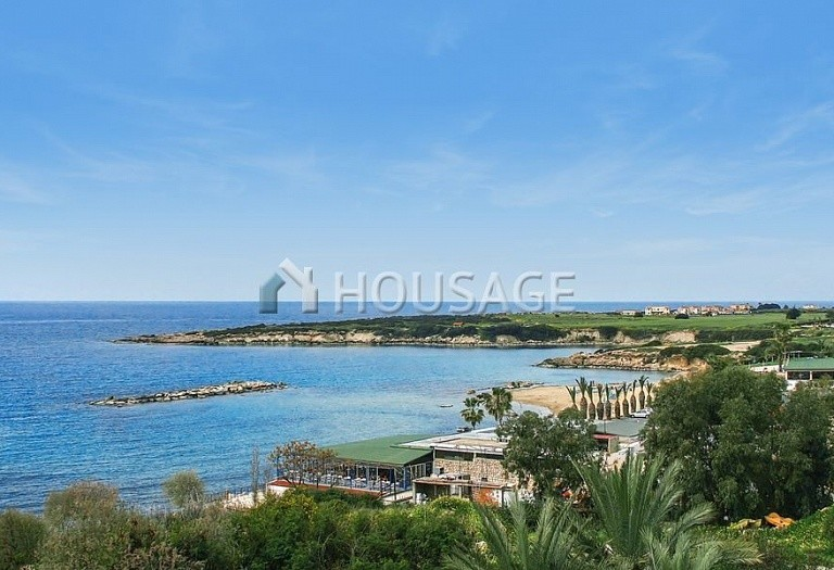4 bed villa for sale in Coral Bay, Pafos, Cyprus - photo 9