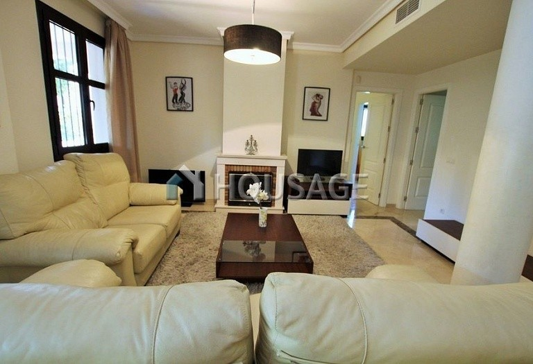 Apartment for sale in Puerto Banus, Marbella, Spain, 151 m² - photo 16