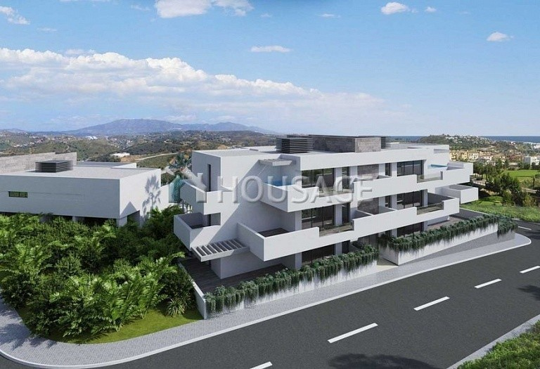 3 bed flat for sale in Mijas, Spain, 190 m² - photo 2