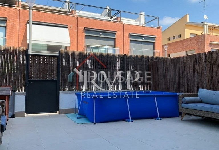 3 bed townhouse for sale in Sant Andreu de Llavaneres, Spain, 252 m² - photo 1