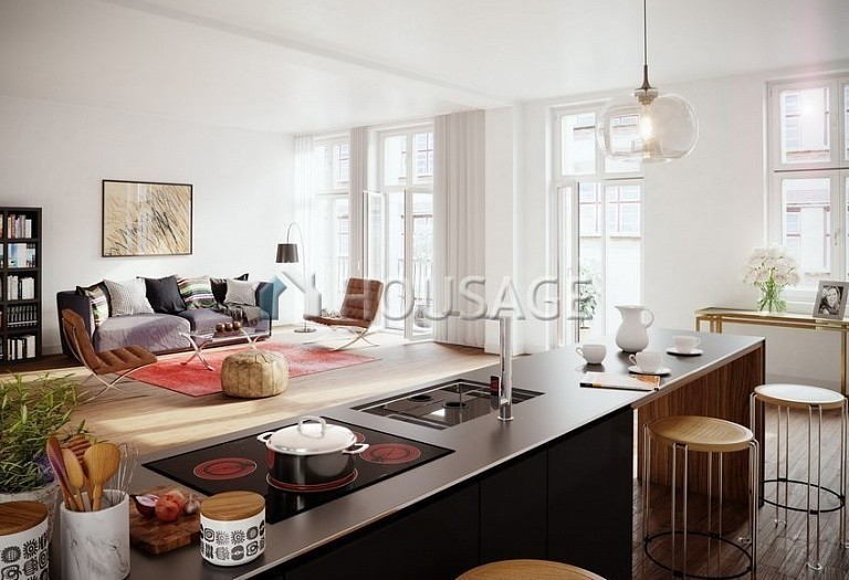 2 bed flat for sale in Charlottenburg, Berlin, Germany, 100.28 m² - photo 1