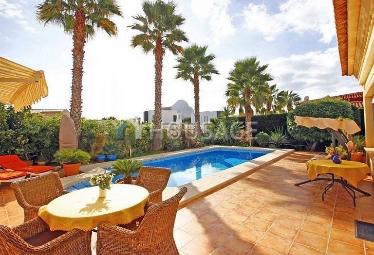 4 bed villa for sale in Calpe, Calpe, Spain, 260 m² - photo 9