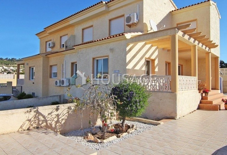 8 bed a house for sale in Calpe, Spain, 260 m² - photo 2