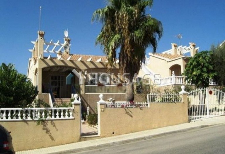 4 bed villa for sale in Torrevieja, Spain, 180 m² - photo 1