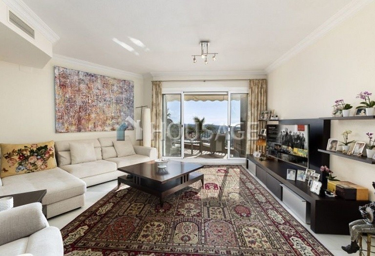 Townhouse for sale in Nueva Andalucia, Marbella, Spain, 324 m² - photo 2