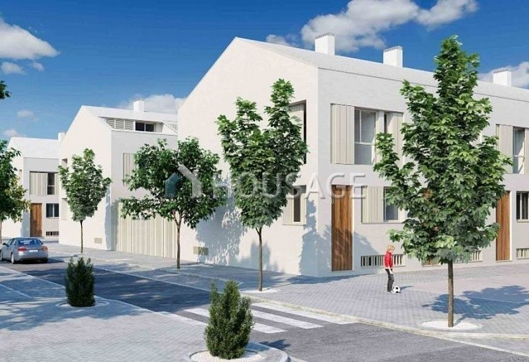 4 bed townhouse for sale in Valencia, Spain, 241 m² - photo 1