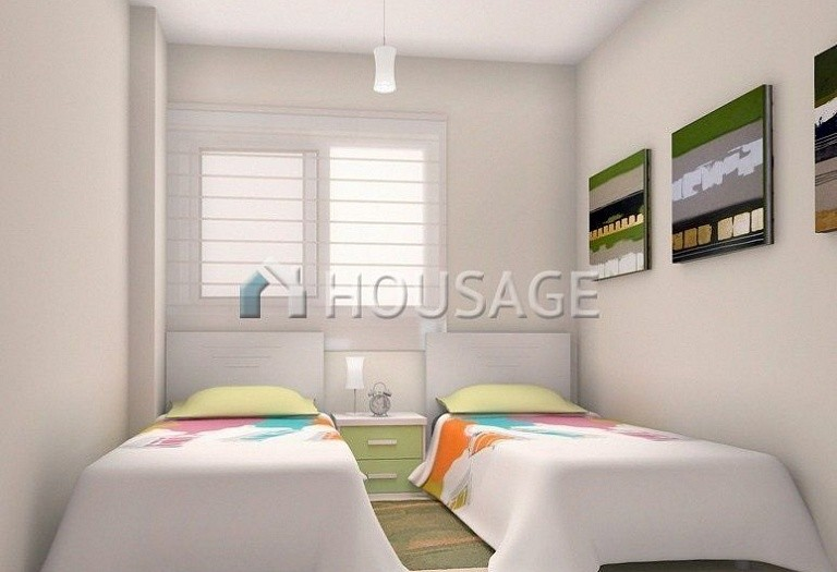 2 bed apartment for sale in Orihuela Costa, Spain - photo 5