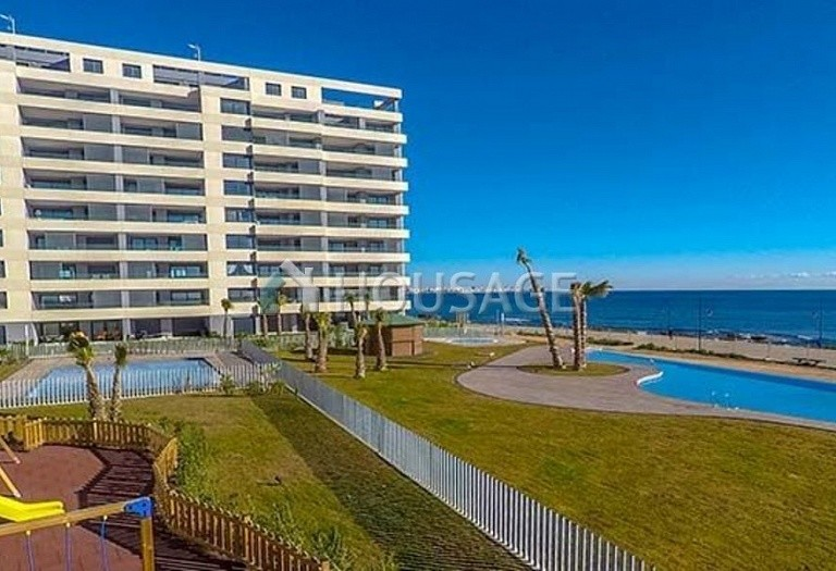 3 bed flat for sale in Torrevieja, Spain, 97 m² - photo 4