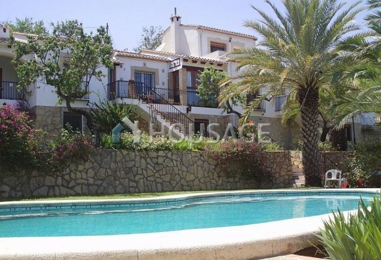 4 bed townhouse for sale in Benidoleig, Spain, 130 m² - photo 2