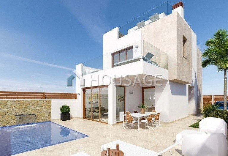 3 bed villa for sale in Pilar de la Horadada, Spain, 134 m² - photo 1