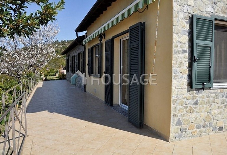 3 bed villa for sale in Bordighera, Italy, 170 m² - photo 3