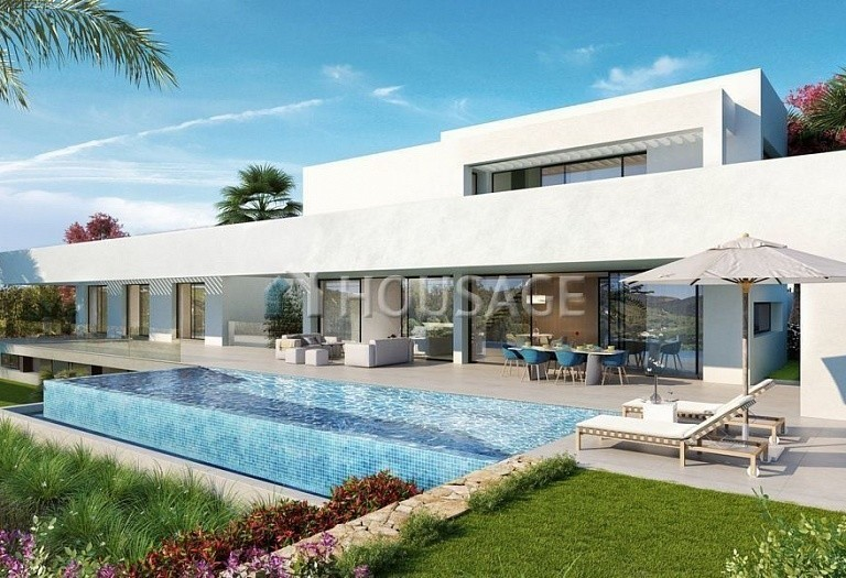 7 bed villa for sale in Benahavis, Spain, 434 m² - photo 1