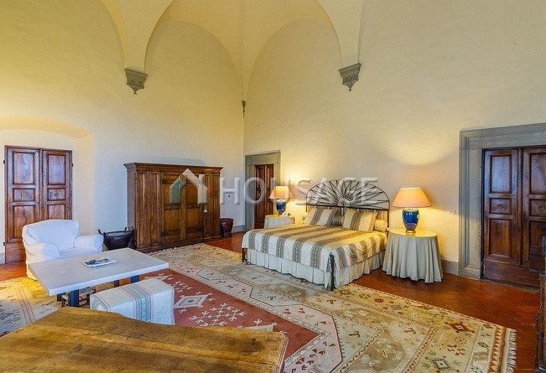 9 bed villa for sale in Florence, Italy, 2800 m² - photo 32