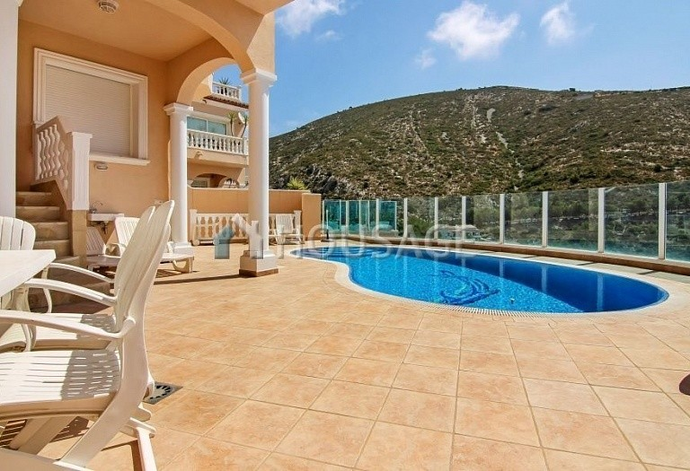 4 bed house for sale in Benitachell, Spain, 200 m² - photo 8