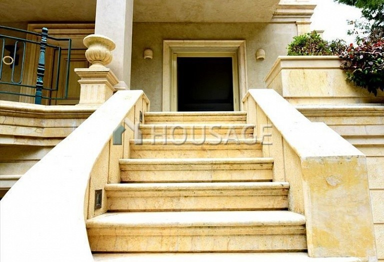 4 bed villa for sale in Agios Stefanos, Athens, Greece, 648 m² - photo 2