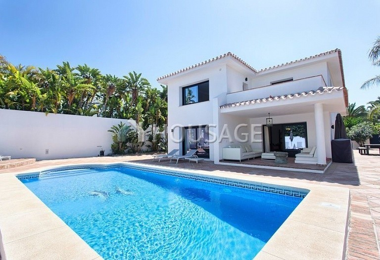 Villa for sale in Los Monteros, Marbella, Spain, 511 m² - photo 17