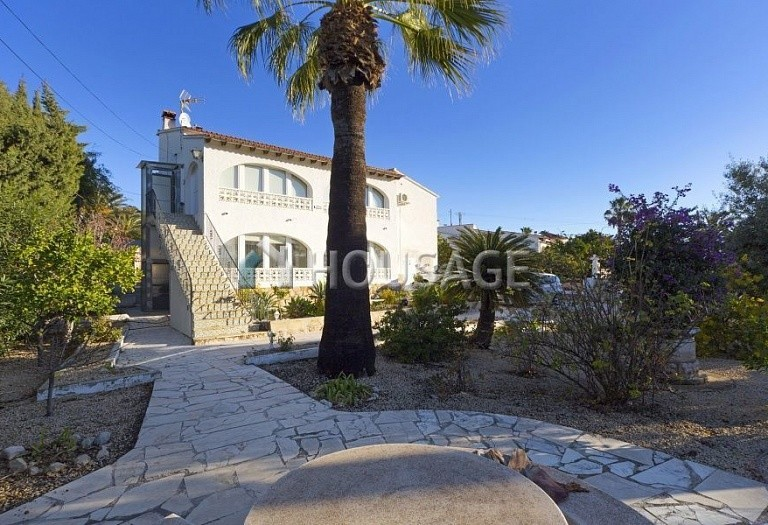 5 bed villa for sale in Calpe, Spain, 280 m² - photo 1