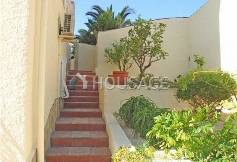 7 bed villa for sale in Calpe, Calpe, Spain, 450 m² - photo 5