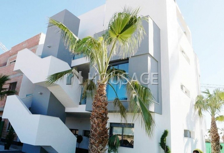 2 bed flat for sale in Alicante, Spain, 85 m² - photo 1