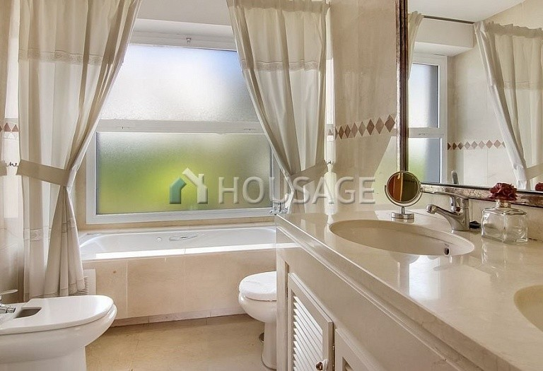 4 bed townhouse for sale in Marbella, Spain, 254 m² - photo 7