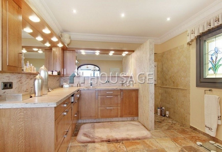 6 bed townhouse for sale in Benisa, Spain, 700 m² - photo 5