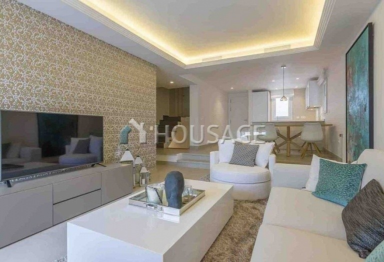 Townhouse for sale in Nueva Andalucia, Marbella, Spain, 134 m² - photo 9