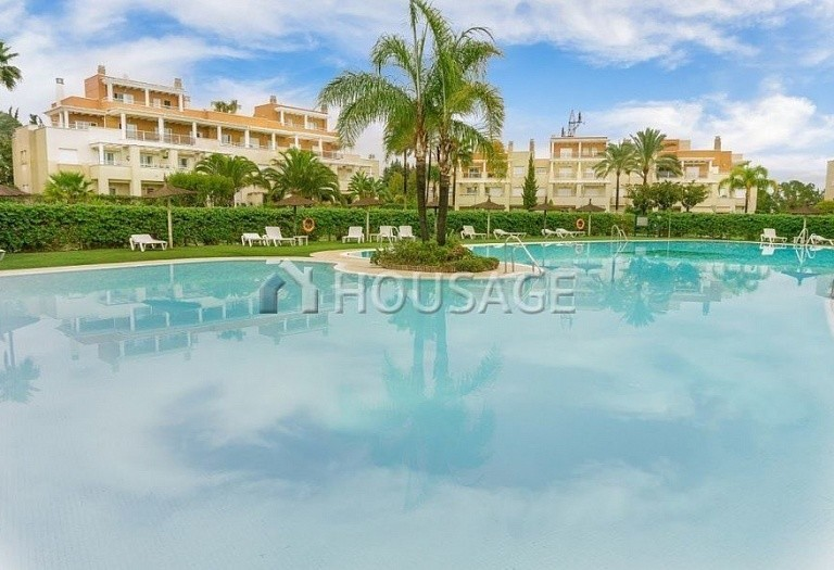 Flat for sale in Estepona, Spain, 156 m² - photo 10