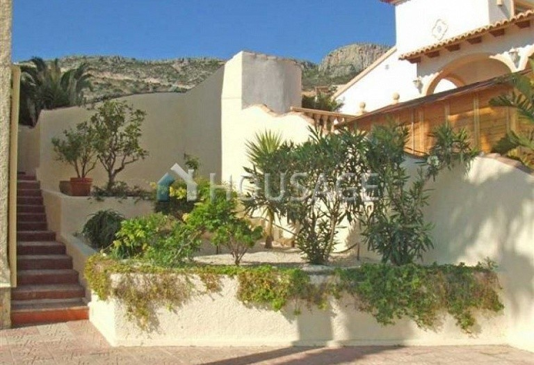 7 bed villa for sale in Calpe, Calpe, Spain, 450 m² - photo 2