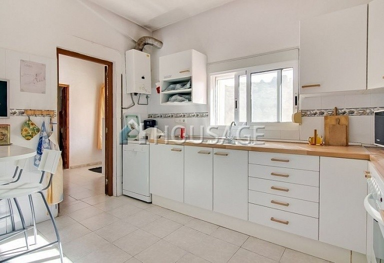 8 bed a house for sale in Gata de Gorgos, Spain, 260 m² - photo 5