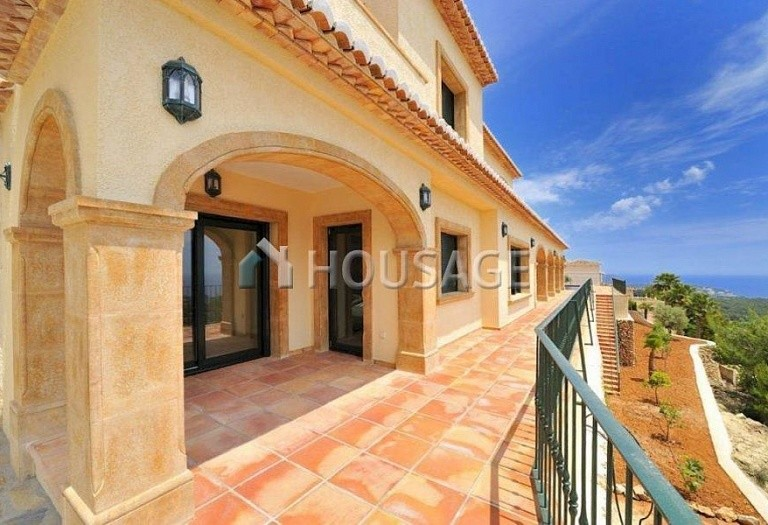 5 bed villa for sale in Benisa, Benisa, Spain, 400 m² - photo 2