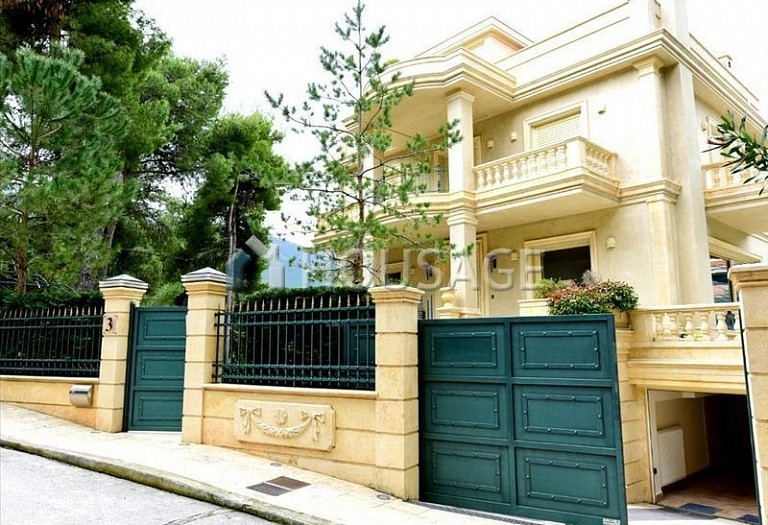 4 bed villa for sale in Agios Stefanos, Athens, Greece, 648 m² - photo 1
