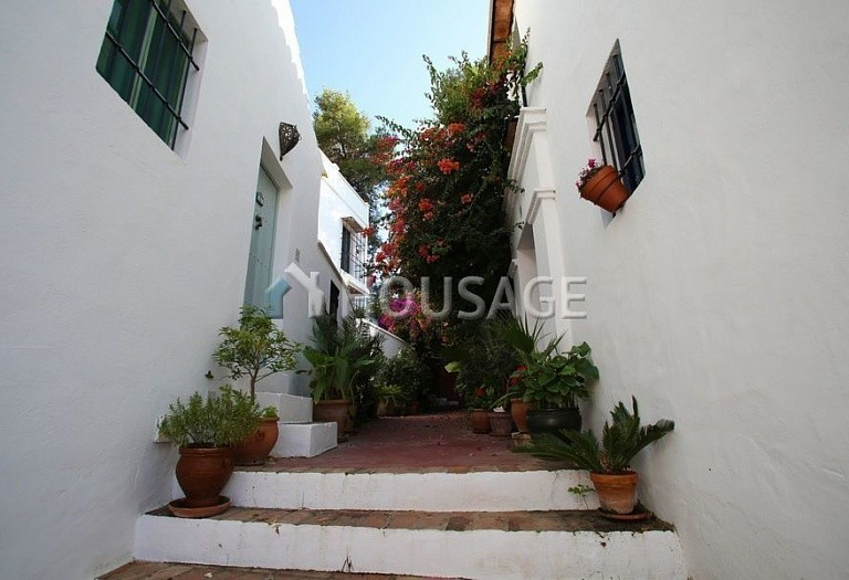Townhouse for sale in Marbella Golden Mile, Marbella, Spain, 90 m² - photo 19
