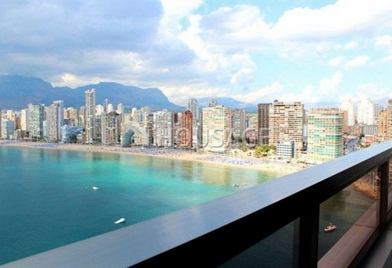 2 bed apartment for sale in Benidorm, Spain, 150 m² - photo 1