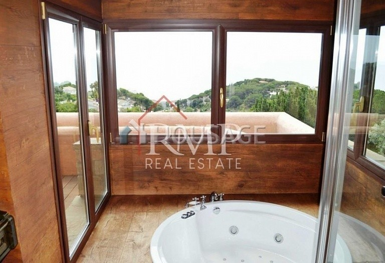 6 bed a house for sale in San Pol de Mar, Spain, 525 m² - photo 20